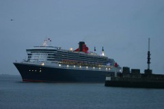 QUEEN MARY 2 au Havre.jpg