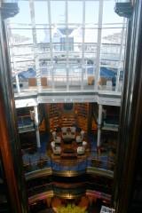 Atrium et bibliothèque.jpg